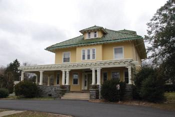 Triad House in Ewing, NJ