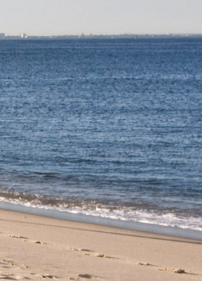 Sandy Hook Beach deserted