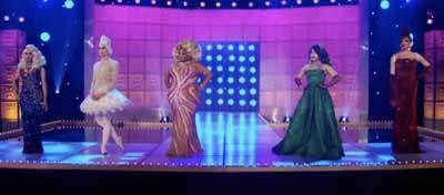 """Akeria C. Davenport and the remaining Queens on """"RuPaul's Drag Race"""" near end of season in 2019"""