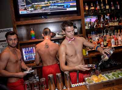 Boxers Sports Bar bartenders at work