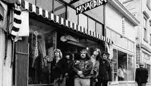 The Grateful Dead in front of Mnasidika.