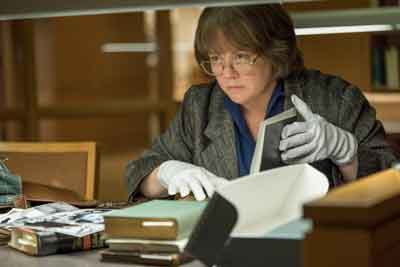 "Melissa McCarthy stars in ""Can You Ever Forgive Me"""