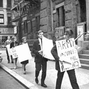 Randy Wicker protesting.