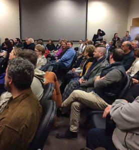 Council meeting swearing In of Mayor Julia Fahl on Jan. 1, 2019. Photo by Cora Berke