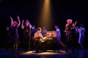 """""""The Sting"""" at Paper Mill Playhouse. Photo by Jerry Dalia"""