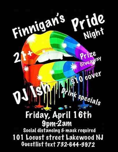 Karaoke night at Finnigans rainbow lips