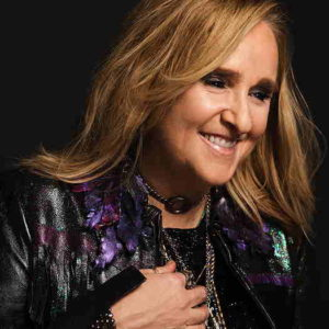 Melissa Etheridge smiling